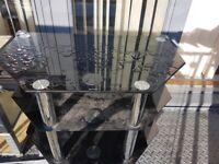 Black glass 32in tv stand