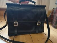 "15"" Womens Black Leather Heritage Branded Satchel"