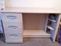 Wood effect dressing table