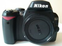 NIKON D40 CAMERA WITH MICRO NIKKOR 60mm f/28D LENS.