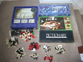 4 INCOMPLETE BOARD GAMES ATMOSFEAR CLUEDO CHESS & MAINLY CHESS SPARES £3 COLLECT BENFLEET SS7 1LB