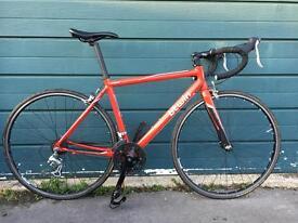 Btwin Triban 3 carbon fork road bike - Medium