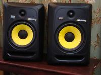 Pair of Rokit 8 speakers. In perfect working order
