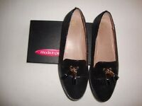 Ladies Black Moda in Pelle Loafers Size 40