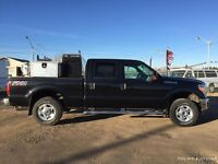 2014 Ford Super Duty F-350  4WD XLT WELDING TRUCK