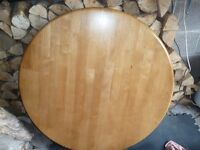 Circular Dining table with central leg