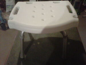 Shower or bath chair / stool London Ontario image 2