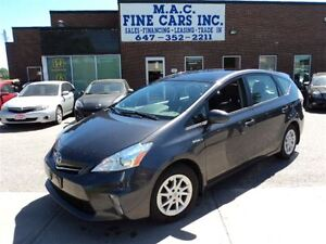 2012 Toyota Prius v NAVI - PANO ROOF - LEATHER