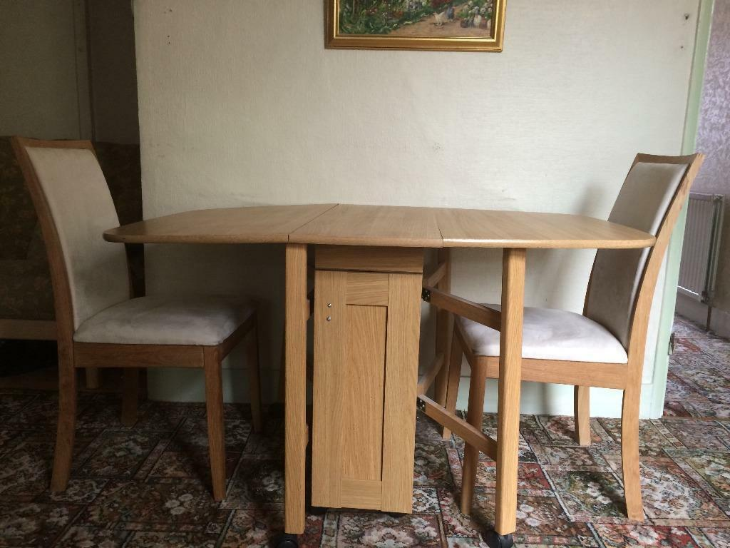 Dining room table and 2 chairs in Sutton London Gumtree : 86 from www.gumtree.com size 1024 x 768 jpeg 92kB