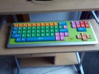 Kids Crayola keyboard and optical mouse
