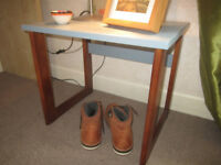 Stylish little table retro g-plan style, living room, bed hall lamp bedside, wooden, side,occasional