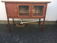 Outdoor Rabbit / Small Aminal Hutch / Cage