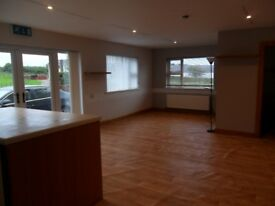 Spacious ground floor flat to rent.