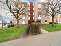 2 bed flat in Dickson Avenue, Dundee