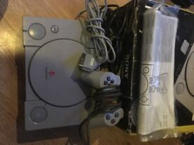 PS1 Playstation 1 Console with all leads, pad and box TESTED