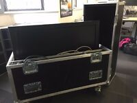 Flight Case, comes with: DVD Player, TV Monitor, Cables inside