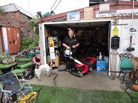 Jefs Lawnmowers. Petrol Lawnmower service and repairs.