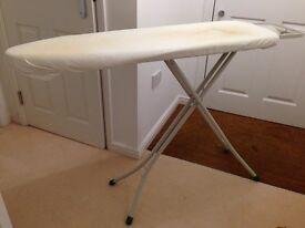 Gimi compact ironing board