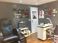 Self employed opportunity for fully qualified nail technician In busy high street salon contact soon
