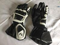 Biker gloves