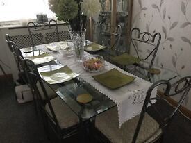 Dining room table six chair