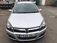 2006 Vauxhall Astra diesel, starts and drives very well, MOT until February 2017, very clean car ins