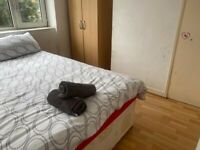 Double bedroom to let in flat share at shadwwll & whitechapel