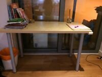 IKEA desk in excellent condition