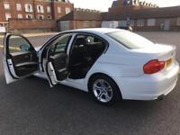 White bmw 3 series 318i 2.0l petrol