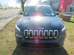 2016 Jeep Cherokee Sport*2WD*2.4 LITRES*