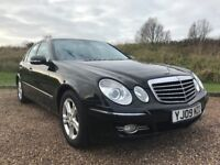 MERCEDES E220 CDI AVANTGARDE IN GLOSS BLACK.