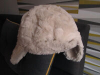 GIRLS HATS/SCARVES/GLOVES - AGE 2 - 10 YEARS - FROM £1.50