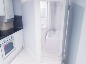 2 Bed Flat on Church Road Hendon!