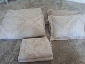 EX Dunelm bed throw, matching pillow covers & cushions