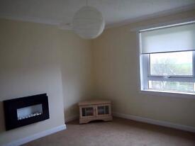 Large 2 Bedroom Upper Cottage Flat in Croy