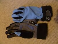 SealSkinz Ladies All Weather gloves blue size S