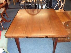 light wood pull leaf table