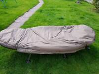 Trakker levelite oval bedchair