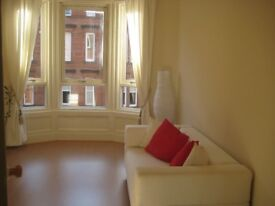 FABULOUS FULLY FURNISHED MODERN ONE BEDROOM FLAT IN WEST END