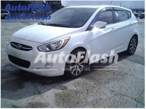 2015 Hyundai Accent SE * Toit-Ouvrant/Sunroof * Mags * Bluetooth