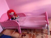 Princess girl bed with matress 15£