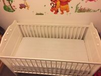 White cot bed/used