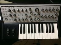 Mood Sub Phatty Synthesiser