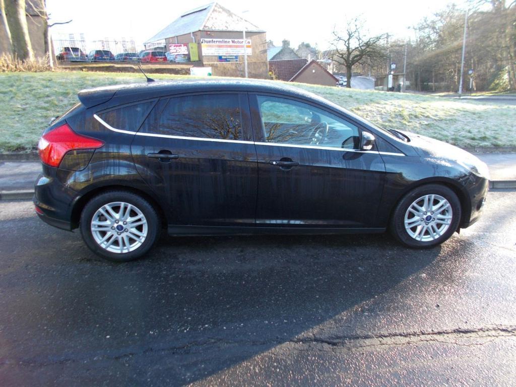 Ford focus 1 6 titanium tdci 115 5d 114 bhp black 2013