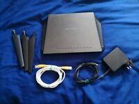 NETGEAR AC1900 Nighthawk Smart 1300 Mbps Wireless AC Router (R7000)