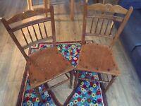 2x Antique Retro Vintage Wooden Chairs