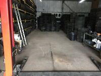 Workshop space for mechanic inc 2 post ramp 4 parking spaces in Kings langley Hertfordshire
