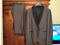 Taylor and Wright suit