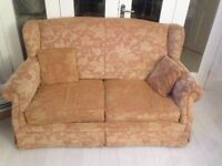 PRICE NEGOTIABLE EXCELLENT CONDITION SOFA BED KEPT IN NON-SMOKING PET FREE ENVIRONMENT £79 ONO!