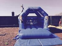 Bouncy castles & mascot & soft play hire